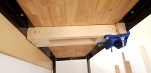 photo of underside of mounted bench top